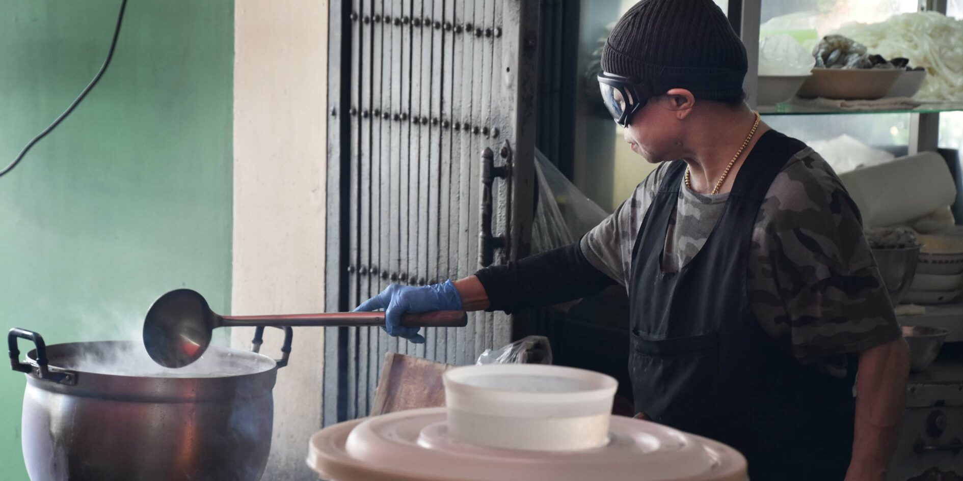 JAY FAI: BANGKOK'S STREET-SIDE MICHELIN STAR IN THE AGE OF COVID